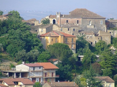 http://www.realtasannita.it/bt_files/newspaperFiles/CASTELPOTO.jpg