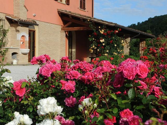 Coldiretti: 'L'agriturismo in Campania è sempre più rosa'