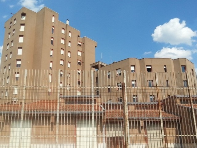 Detenuto del carcere di Capodimonte abusato sessualmente dal suo compagno di cella