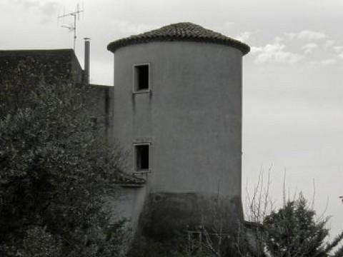 http://www.realtasannita.it/bt_files/newspaperFiles/castellodiponte.jpg