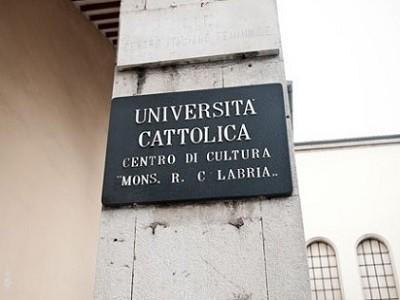 http://www.realtasannita.it/bt_files/newspaperFiles/centrodicultura1_bn.jpg