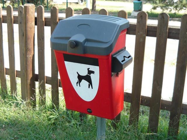 Donazione cestini raccolta deieizioni canine: Mastella e Russi si recheranno alla clinica S. Rita per ringraziare