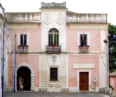 http://www.realtasannita.it/bt_files/newspaperFiles/comunemontesarchio_2.jpg