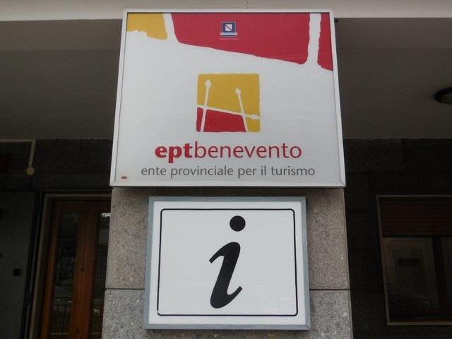 http://www.realtasannita.it/bt_files/newspaperFiles/eptbenevento2017_1.jpg