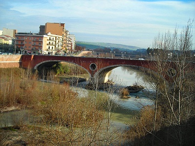 http://www.realtasannita.it/bt_files/newspaperFiles/fiumecalore.jpg