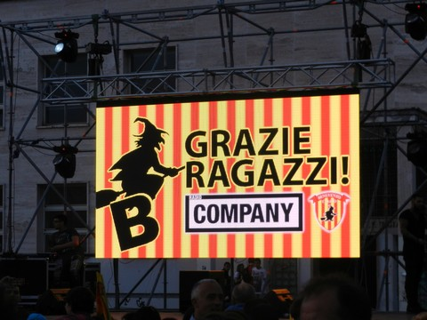 http://www.realtasannita.it/bt_files/newspaperFiles/graziebenevento.jpg