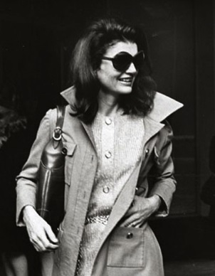 http://www.realtasannita.it/bt_files/newspaperFiles/jacquelinekennedy.jpg