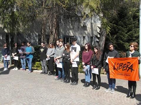 Memoria e impegno con 'Libera'. Cerimonia presso il Comando Provinciale Carabinieri di Benevento