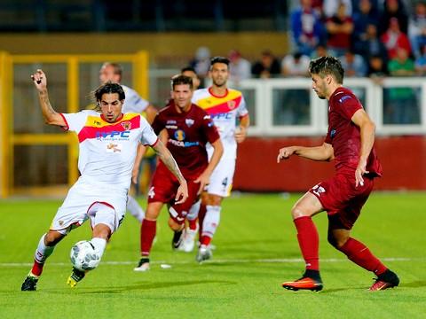 Calcio, un Benevento inesistente permette al Trapani la prima vittoria