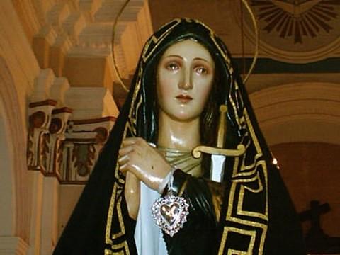 La Madonna è entrata a far parte delle Madri Coraggio... Gesù mio, perdon pietà
