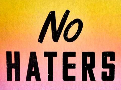 ...E sul web ora spuntano gli 'haters' (ovvero gli odiatori)