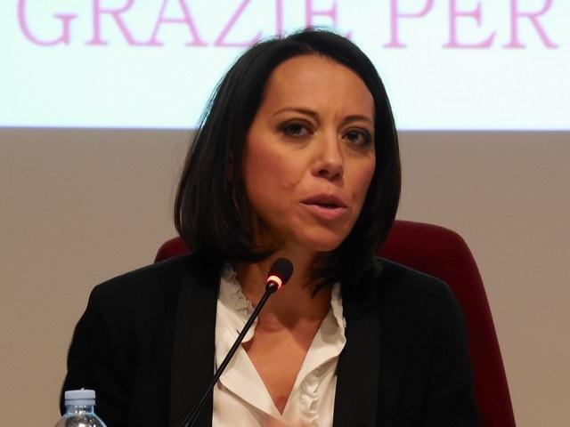 Scuola, De Girolamo (FI): 'Ministro Fedeli risolva ritardi accreditamento stipendi docenti'