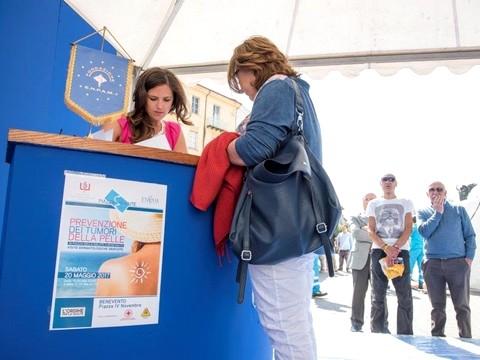 'Piazza della Salute': grande partecipazione dei cittadini beneventani