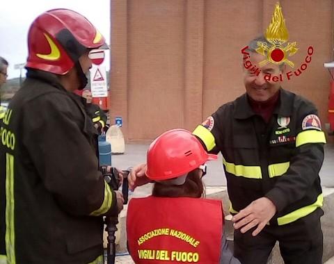 Ottanta alunni della scuola primaria 'Nicola Sala' hanno partecipato a 'Pompieropoli'