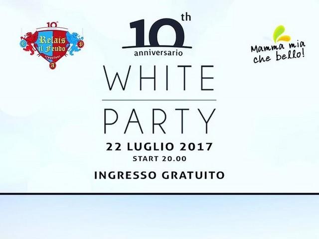 BELTIGLIO DI CEPPALONI - Il Relais il Feudo festeggia i primi dieci anni con un White Party ad ingresso gratuito